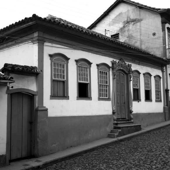 Casa na rua Pedro II, 215, conhecida como Casa Azul